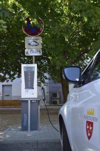 Borne pour voiture électrique en fonctionnement